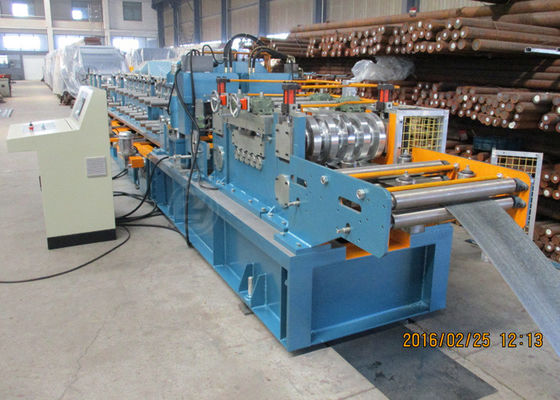 China Per Cutting Roll Forming Machine For Purlin , 100-305 Change Sizes Automatically supplier