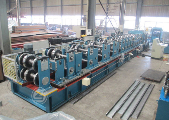 China Cr12 Mould Steel C Shape Galvanized Steel Purlin Forming Machine With Life Time Service supplier