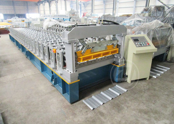 China 24 Months Warranty Time Automatic Metal Roof Roll Forming Machine Based On ISO Quality supplier