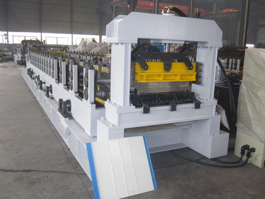 China Mitsubishi PLC Cold Roll Forming Machine with ISO Quality System for Sandwich Panel supplier