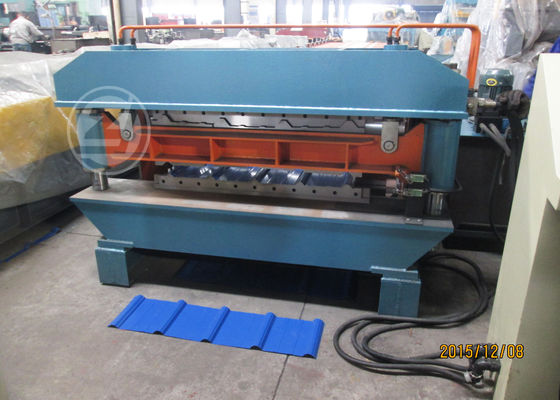 CE Customized Two Profile Wall Panel Roll Forming Machine For Roof  440V