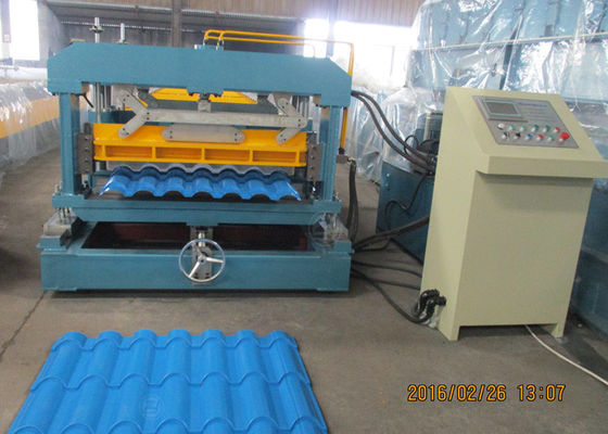 China Forming Speed 15m/Min Steel Roll Forming Machinery 380V 3 Phase 50HZ factory