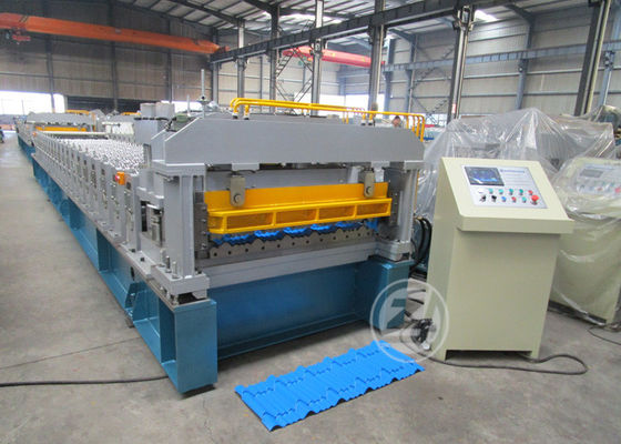 China 1200mm Alumoinium Coil Metal Roofing Roll Forming Machine Popular In Nigeria Market factory