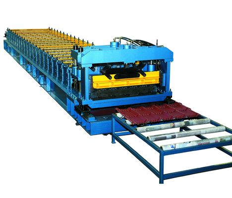 China Cr12 Mould Steel Cutter Roof Tile Roll Forming Machine 5.5KW ISO9001 with high production speed factory
