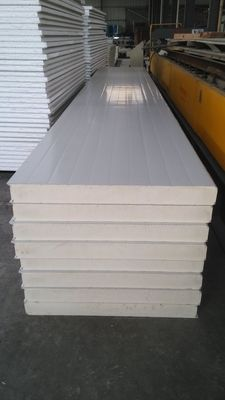 China Commercial Roof Sandwich Panel Sheets For Building Insulation factory